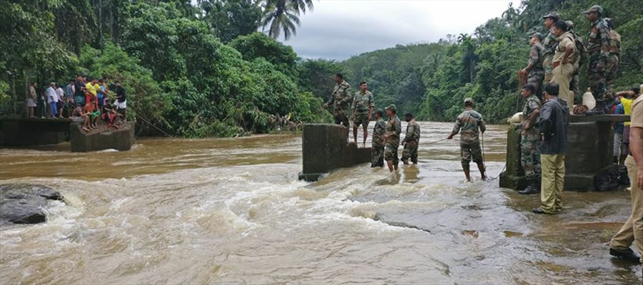 Real Life Heroes doing God's work during Kerala Floods