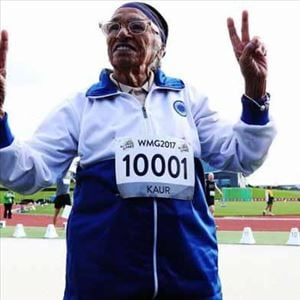 101 year old athlete Mann Kaur walks the famous Sky Tower and creates record