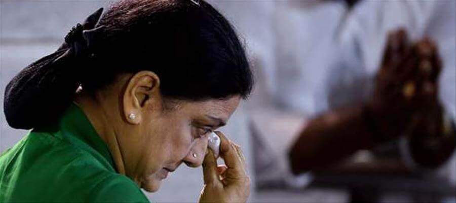 Sasikala getting ready to give shock?