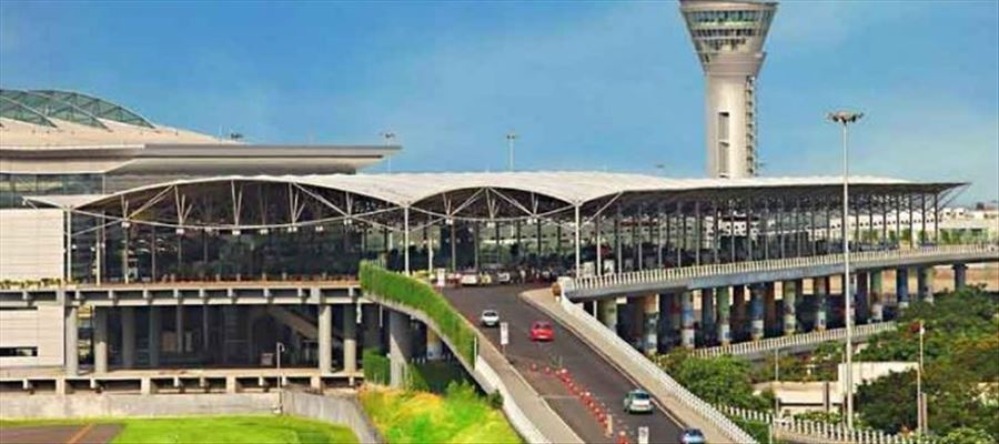 Hyderabad Airport received World No.1 airport Award trophy