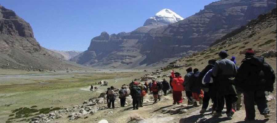 1,500 pilgrims from India on their way to Kailash Mansarovar stranded in Nepal