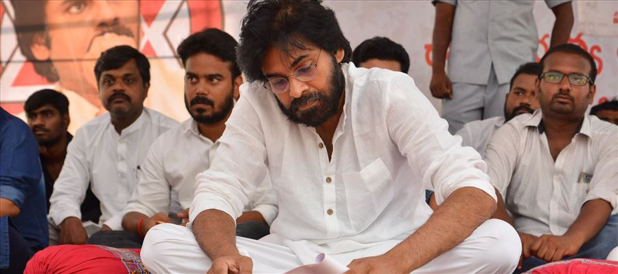 Pawan Kalyan, on a one day hunger strike in Srikakulam over Uddanam Kidney issue