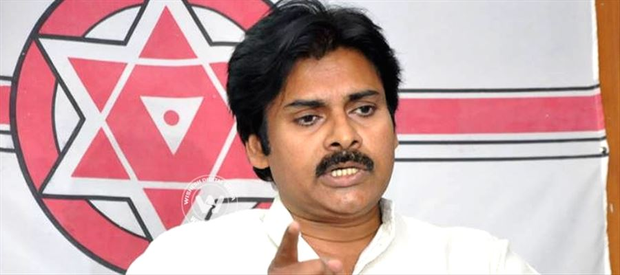 Pawan keenly focusing on becoming a full-time politician very soon
