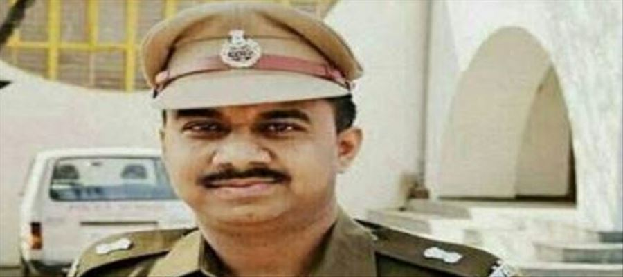 Police officer rapes constable's daughter!