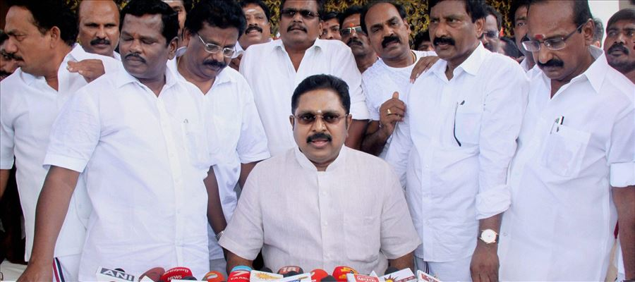 Speaker of TN Assembly disqualified 18 AIADMK MLAs who are sailing with TTV Dhinakaran