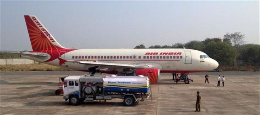 Tamil made a comeback after air passengers demanded restoration of language