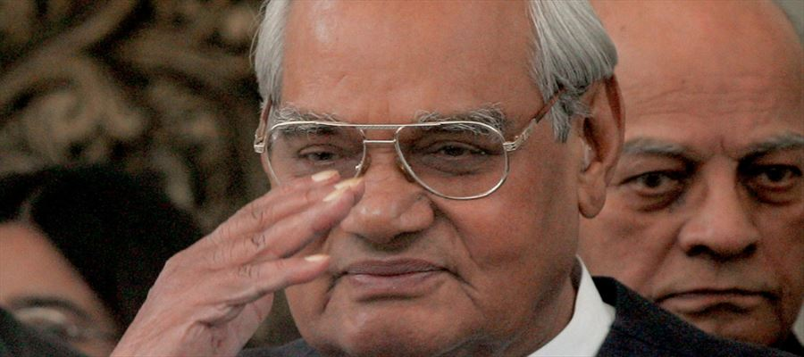 Former PM Vajpayee Health turns Critical - Modi visits AIIMS immediately