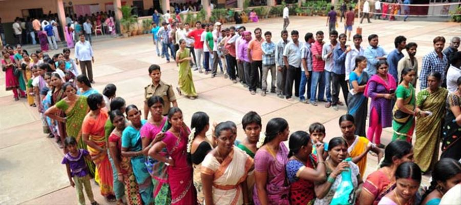 CEC makes a visit to Hyderabad to look after polling arrangements