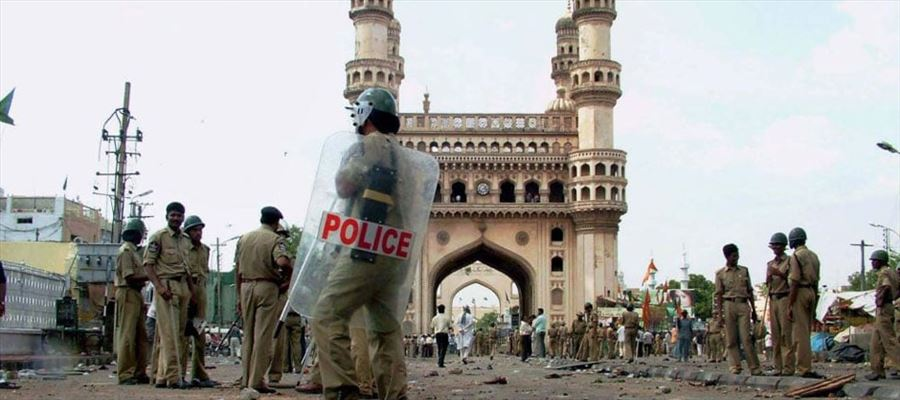 All 10 accused in Hyderabad Mecca Masjid Blast Case acquitted