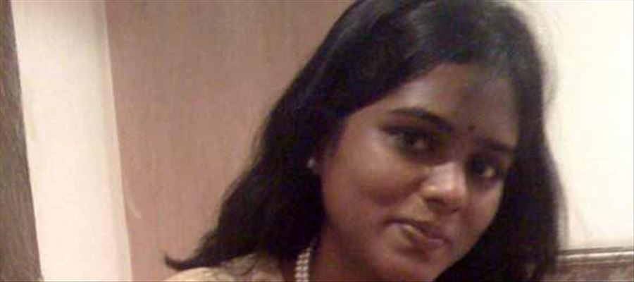 IAS officer who joined her kid in GOVERNMENT SCHOOL!!
