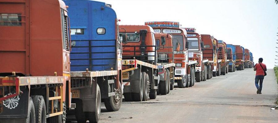 Trucks carrying essential commodities to come under surveillance of state government