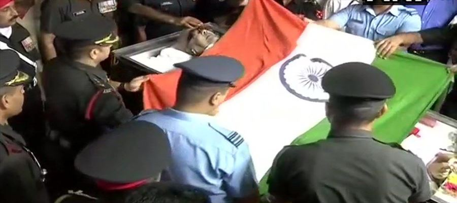 The first to hoist tricolor, gets wrapped in it, fittingly!