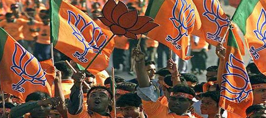 Assembly & Lok Sabha polls in UP depends on states votes from West to East
