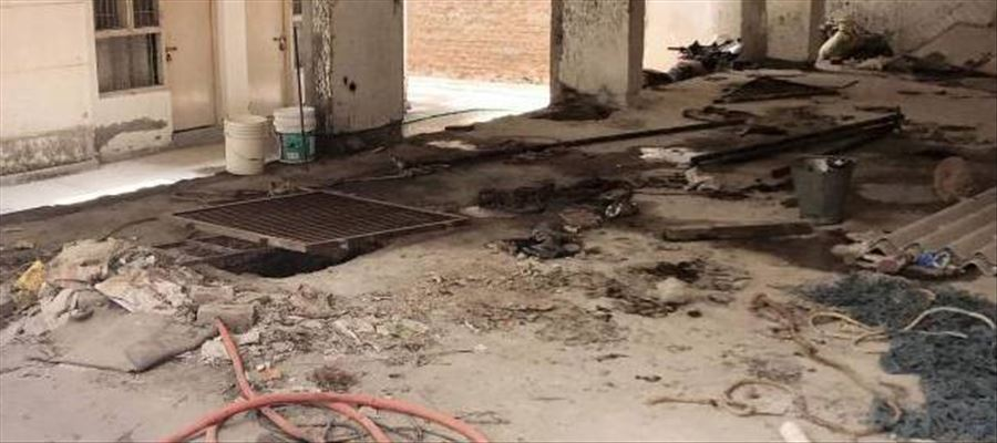4 Dies in Delhi while cleaning septic tank
