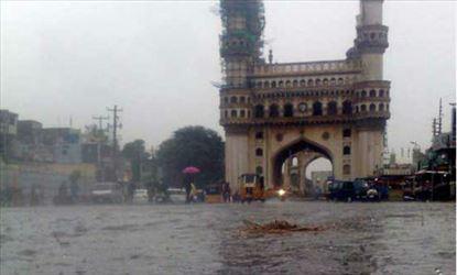 Unseasonal Rains hit Hyderabad