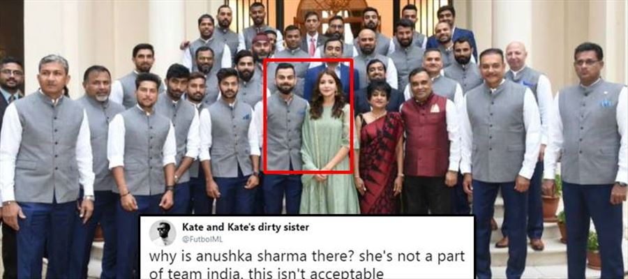 Rohit Sharma likes a controversial tweet!