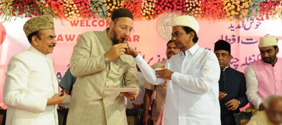KCR reciprocating Owaisi's praise for TRS