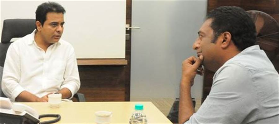 Prakash Raj discussed his plans in ensuing Parliament Elections with KTR