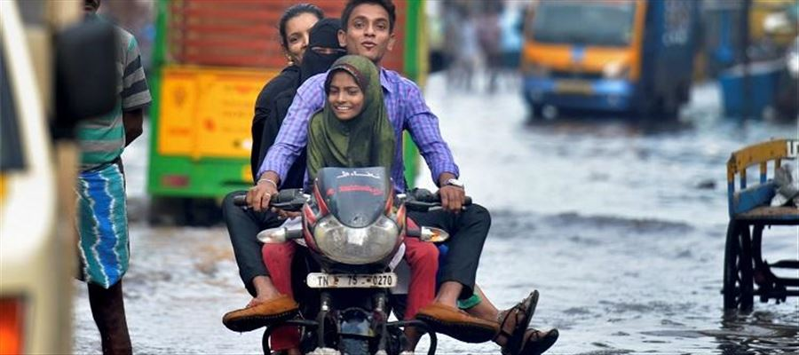 Schools/Colleges remains closed as Rain continues to lash out Tamil Nadu
