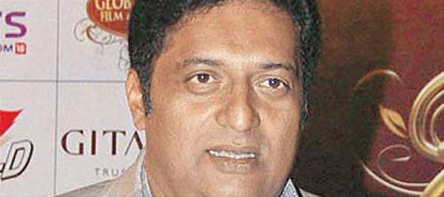 """""""PM Modi is a much better actor than me... He deserves all the National Awards..."""" says Prakash Raj"""