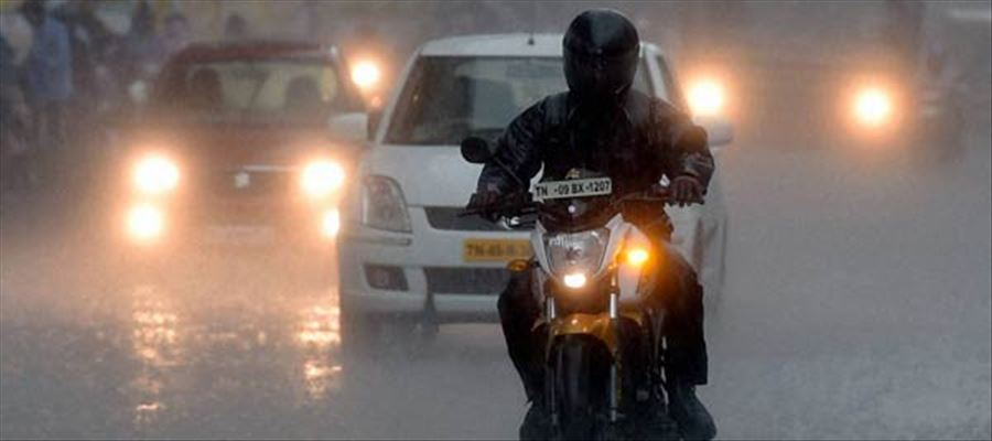 Tamil Nadu gets SURPRISE SHOWERS across the state