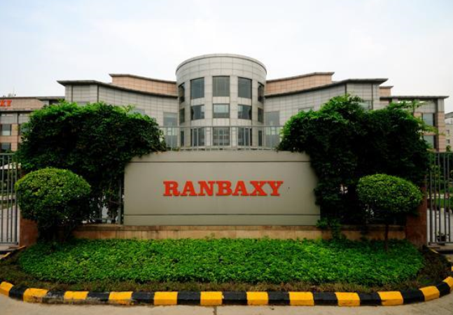 fall of ranbaxy Ranbaxy laboratories ltd, india's biggest drugmaker, slumped the most in ten months in mumbai trading because of costs of a proposed settlement with us authorities over manufacturing violations ranbaxy declined 65 percent to 44390 rupees, the worst fall since march 21, at the close in mumbai.