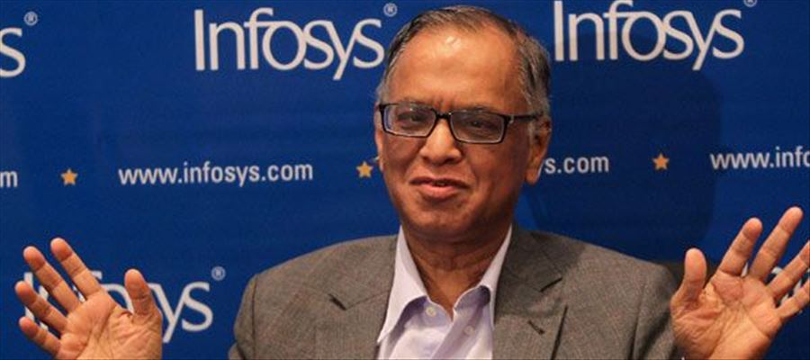 Infosys founder supports Modi!