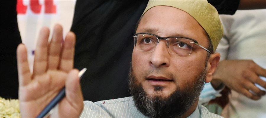 """Owaisi said """"Modi concerned about the welfare of Muslim women, should give them reservation in education"""""""