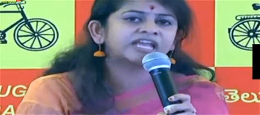 మహిళలు చంద్రన్నకు రిటర్న్ గిఫ్ట్ ఇవ్వబోతున్నారు : సాధినేని యామిని