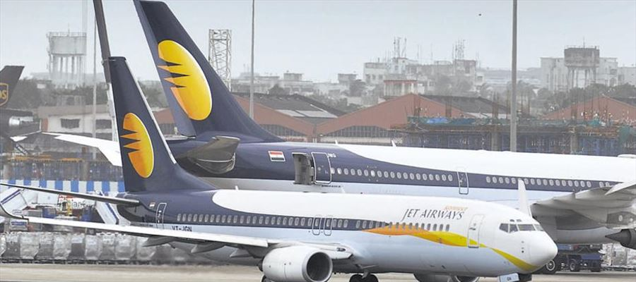 Foreign carrier looking at hiring 300-400 Jet Airways pilots