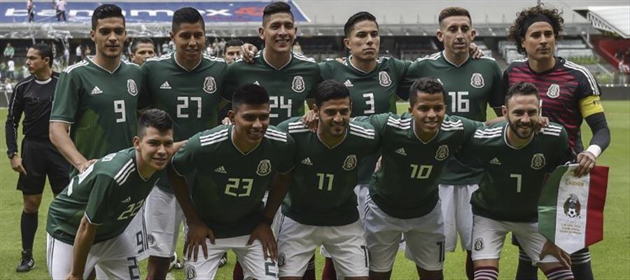 Mexican footballers in a scandal!