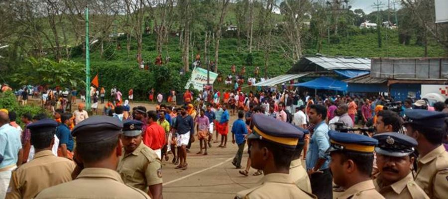Kerala Police arrested 1400 People against Sabarimala protests