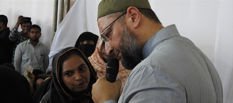 AIMIM Chief meets all Hyderabad Muslim Women