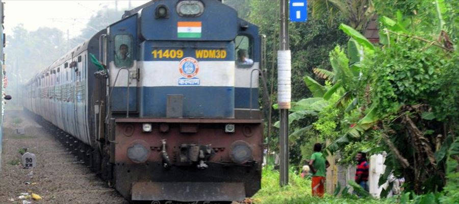 South Central Railways runs Special trains for Hyderabad & Kakinada