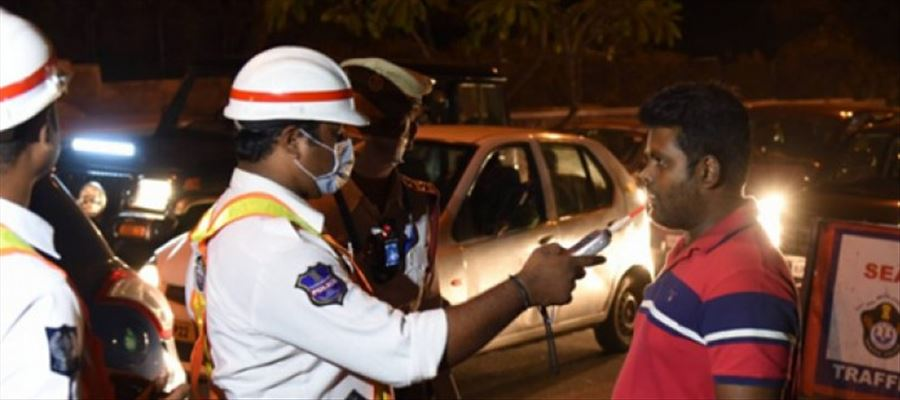 Hyderabad Police booked 76 Drunken Drive Case