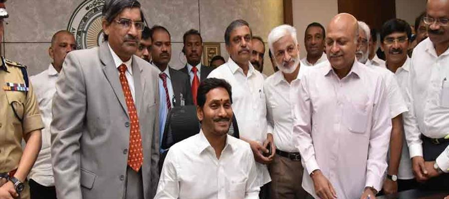 AP CM Jagan's focuses for employment to educated village people