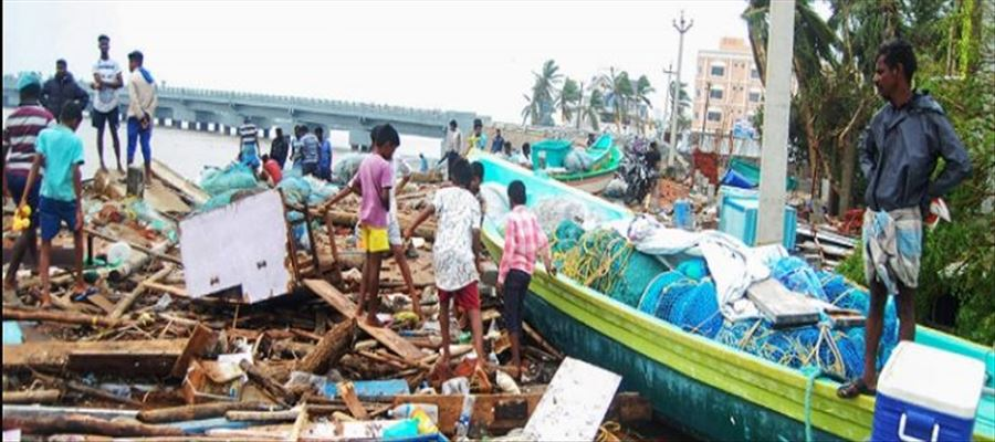 TN CM announced Rs. 10 lakhs for families of deceased hit by Cyclone Gaja