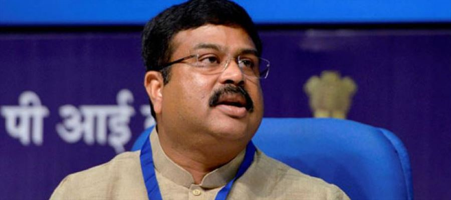 Shocking: Union Oil Minister trying to bring petrol and diesel under the purview of GST