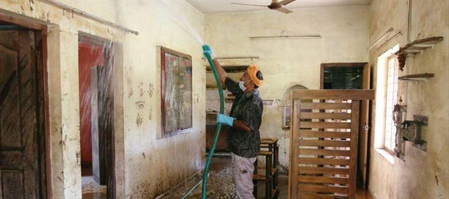 Cleaning work begun in Kerala