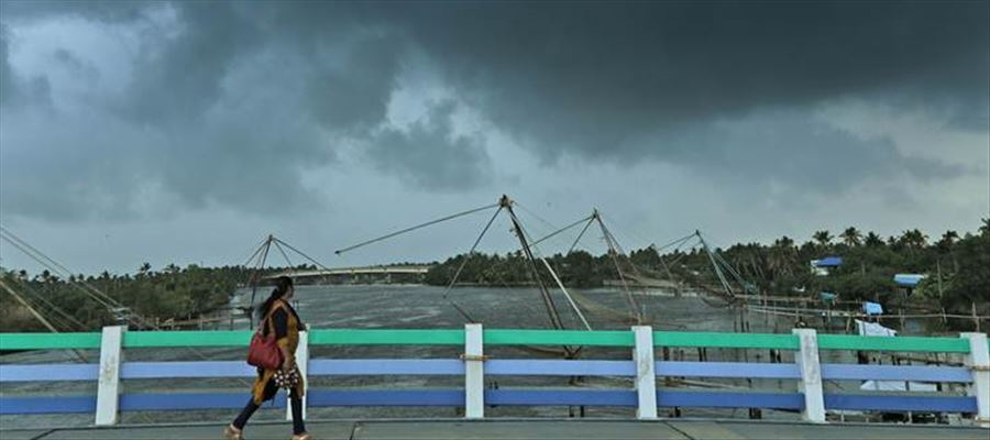 Kerala to witness heavy rains for next 48 Hours