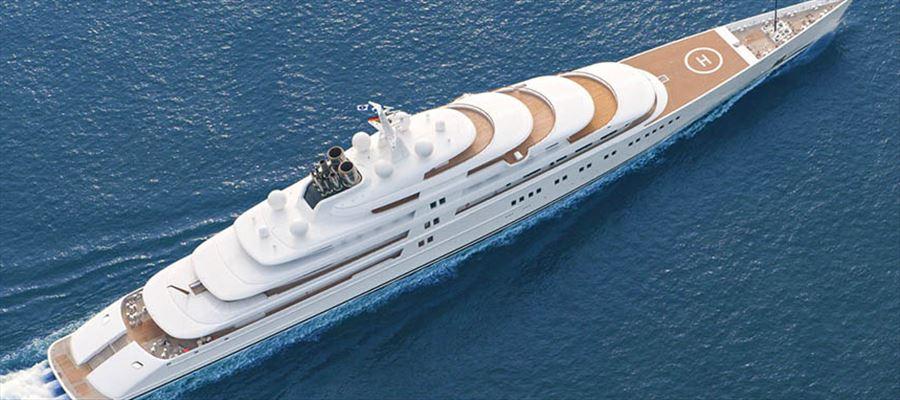 Vijay Mallya's luxury yacht in trouble!!