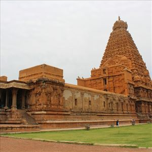Do you about this Famous Brihadeeshwara Temple?
