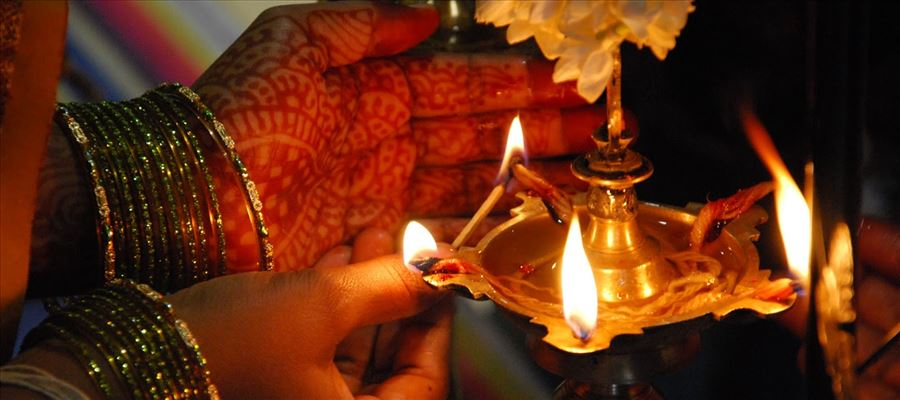 Lighting Lamps before God by evening eradicates problems