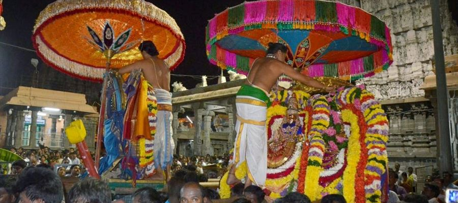 Aippasi, Tamil month full of Festivals and Weddings