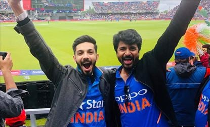 Anirudh And Sivakarthikeyan Enjoying India Pakistan World Cup Match At Old Trafford
