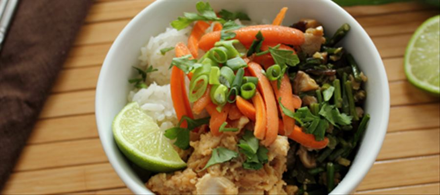 How to make Thai Rice Bowl - A complete Thai meal in a bowl